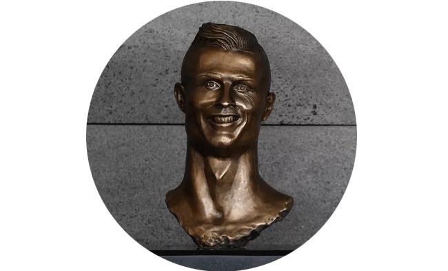 cr7-busto